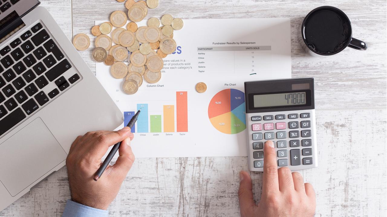 Ramsey Solutions financial expert Chris Hogan and FBN's Lauren Simonetti on millennials' finances.