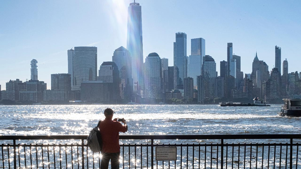New York commercial real estate broker Wendy Maitland on why tech companies are moving to New York City.