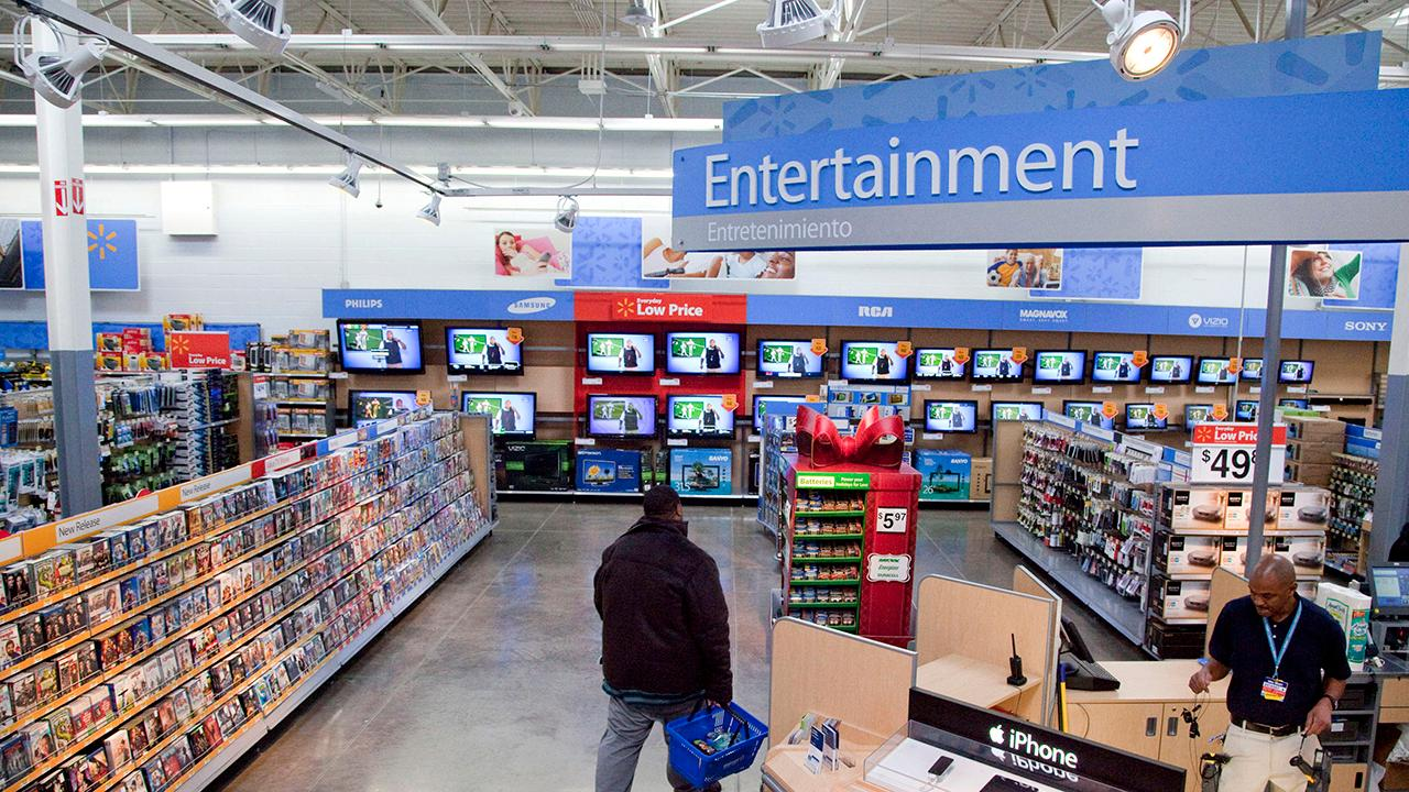 Morning Business Outlook: Walmart is calling for 'immediate action' to do away with violent video games inside its stores after two deadly shootings; Facebook is extending an olive branch to media outlets with a multi-million dollar licensing deal.