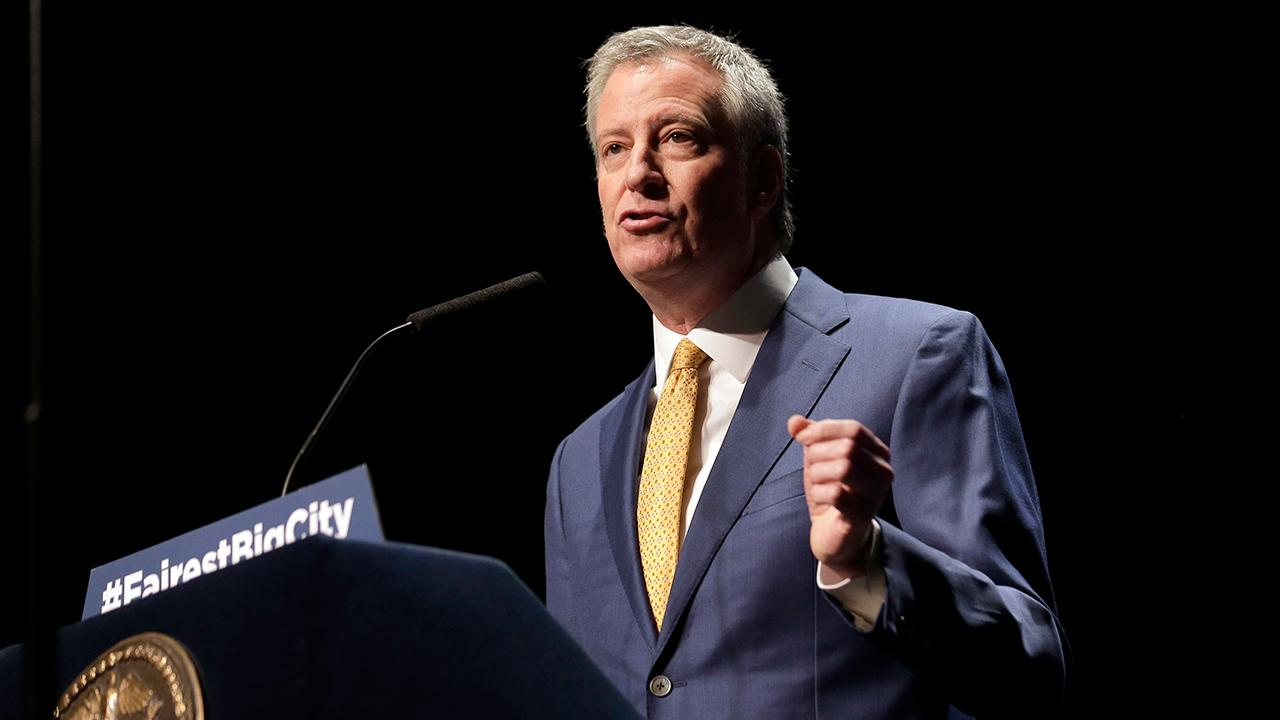 De Blasio accused of violating campaign finance rules by ethics watchdog