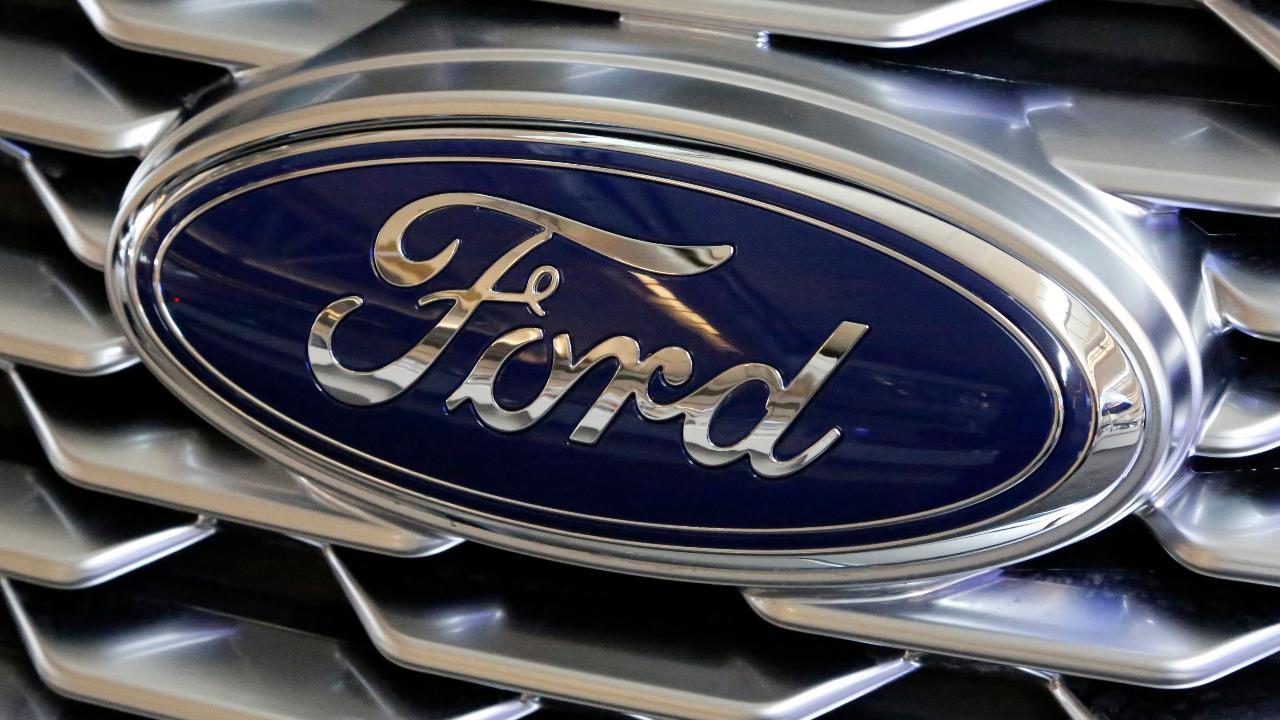 FoxNews.com Automotive Editor Gary Gastelu reports Ford secretly road-teste a new electric Mustang SUV.