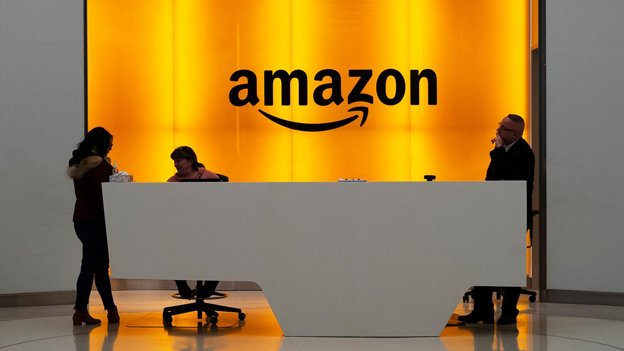 Amazon tests handprint payment technology to use in Whole Foods: Report