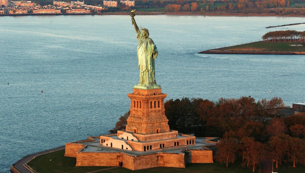 David Kelly of JP Morgan Asset Management explains how immigrants can boost the U.S. economy.