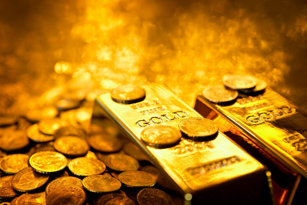 Peter Schiff: China, Russia buying gold because 'they can read the writing on the wall'