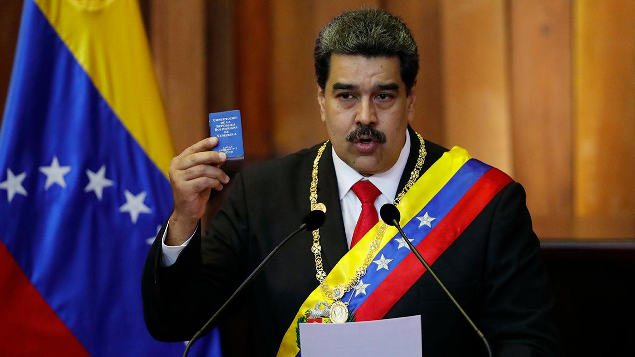 Retired Navy commander Chris Harmer on the report that the U.S. and Venezuela are in talks about Nicolás Maduro's potential exit.