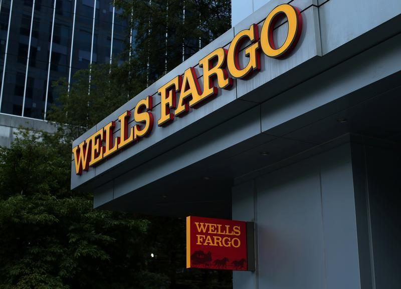 Odeon Capital Group's Dick Bove on Wells Fargo naming Charles Scharf the new CEO and president.