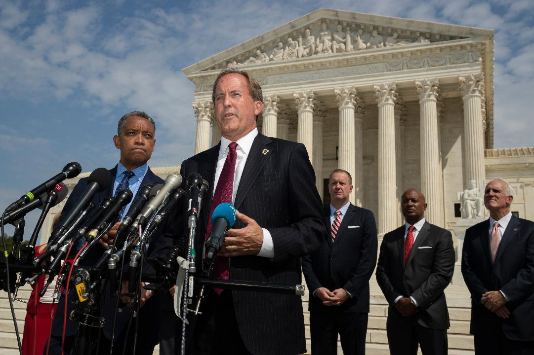 Texas Attorney General Ken Paxton discusses the border battle between Democrats and ICE.