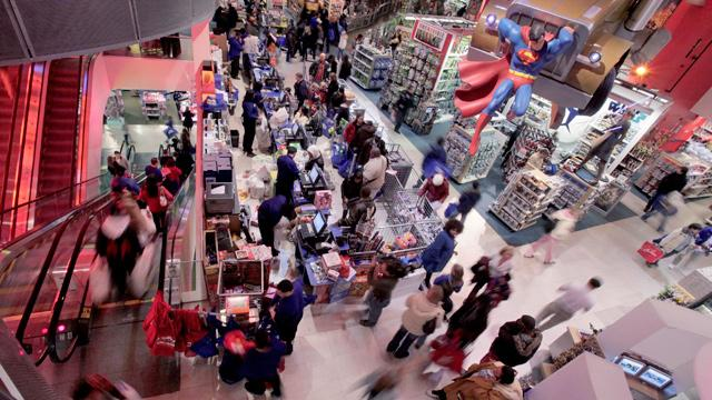 Former Toys R Us CEO Gerald Storch discusses his outlook on holiday retail sales.