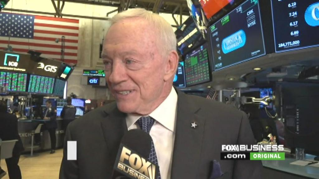 Dallas Cowboys owner Jerry Jones celebrated Comstock's recent acquisition of Covey Park Energy at the New York Stock Exchange, a deal valued at $2.2 billion that is set to double the company's resources.