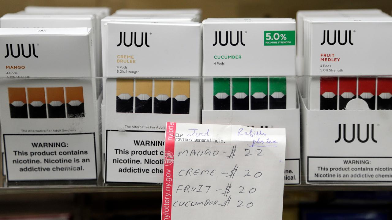 Juul announces the suspension of all advertising in the U.S. and the resignation of CEO Kevin Burns. FOX Business' Maria Bartiromo with more.