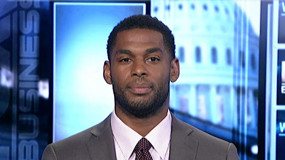 Super Bowl champion Marques Colston argues college athletes should be paid for their efforts.