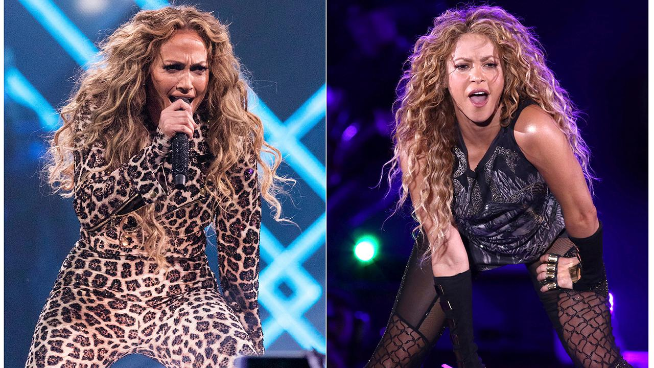 Super Bowl LIV will feature Jennifer Lopez and Shakira in the halftime performance.