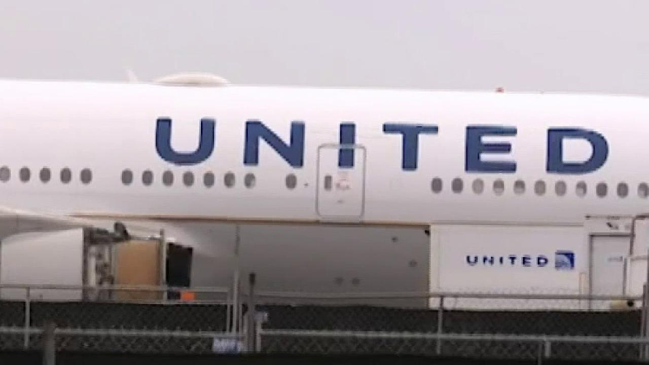 Fox Business Briefs: United is looking to hire ten thousand new pilots, is willing to help with training tools and study costs. New study suggests quitting Facebook can reduce depression, lead to less impulse shopping. Sesame Street will move to HBO's new streaming service HBO Max for its next five seasons.