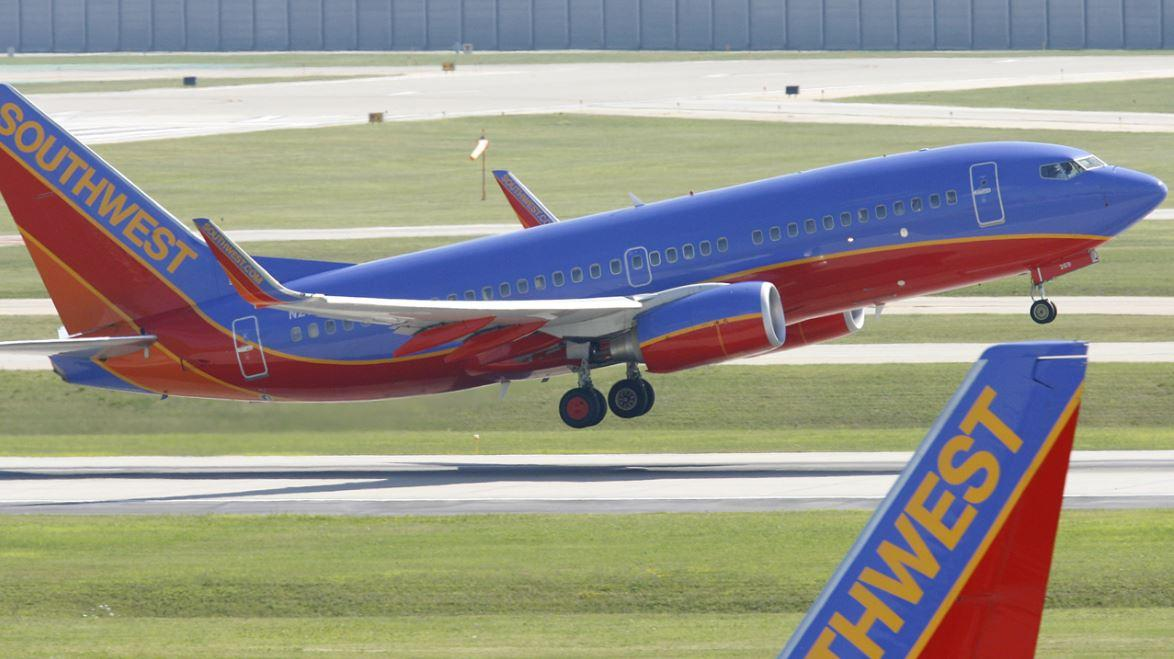 Southwest Airlines pilot and 'Nerves of Steel' author Captain Tammie Jo Shults discusses her forced emergency landing and what it takes to pull off such a feat.