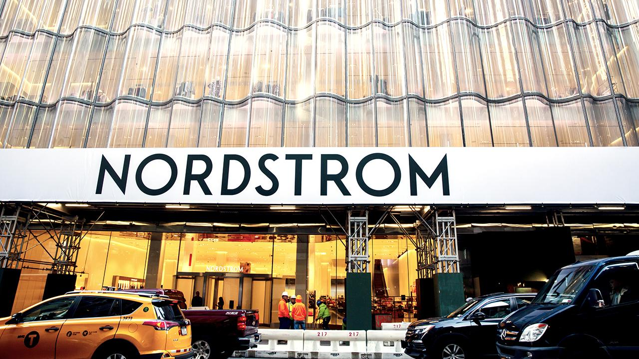 FOX Business' Jackie DeAngelis reports from the new Nordstrom flagship store in New York City and retail expert Erin Sykes discusses whether it's a good move for Nordstrom.