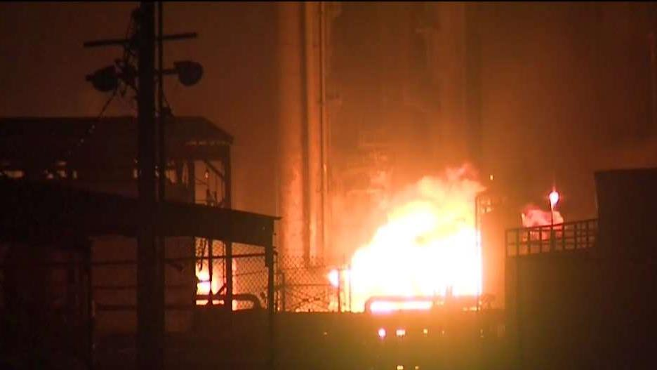 An explosion at the TPC chemical plant in Port Neches, Texas blew out windows miles from the site and lit up the sky with a fireball. FOX Business' Cheryl Casone with more.