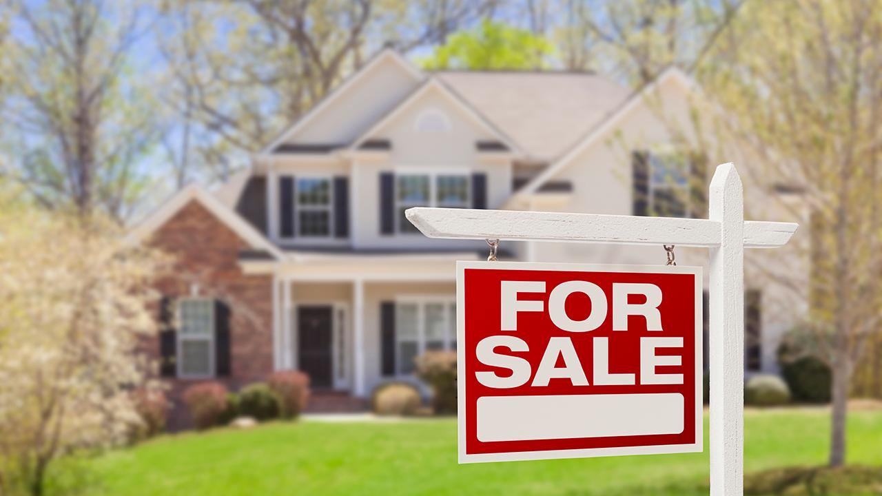 Waypoint Real Estate Investments CEO Scott Lawlor discusses the housing market, how more baby boomers are staying in their homes and college parents investing in real estate instead of campus dorms.