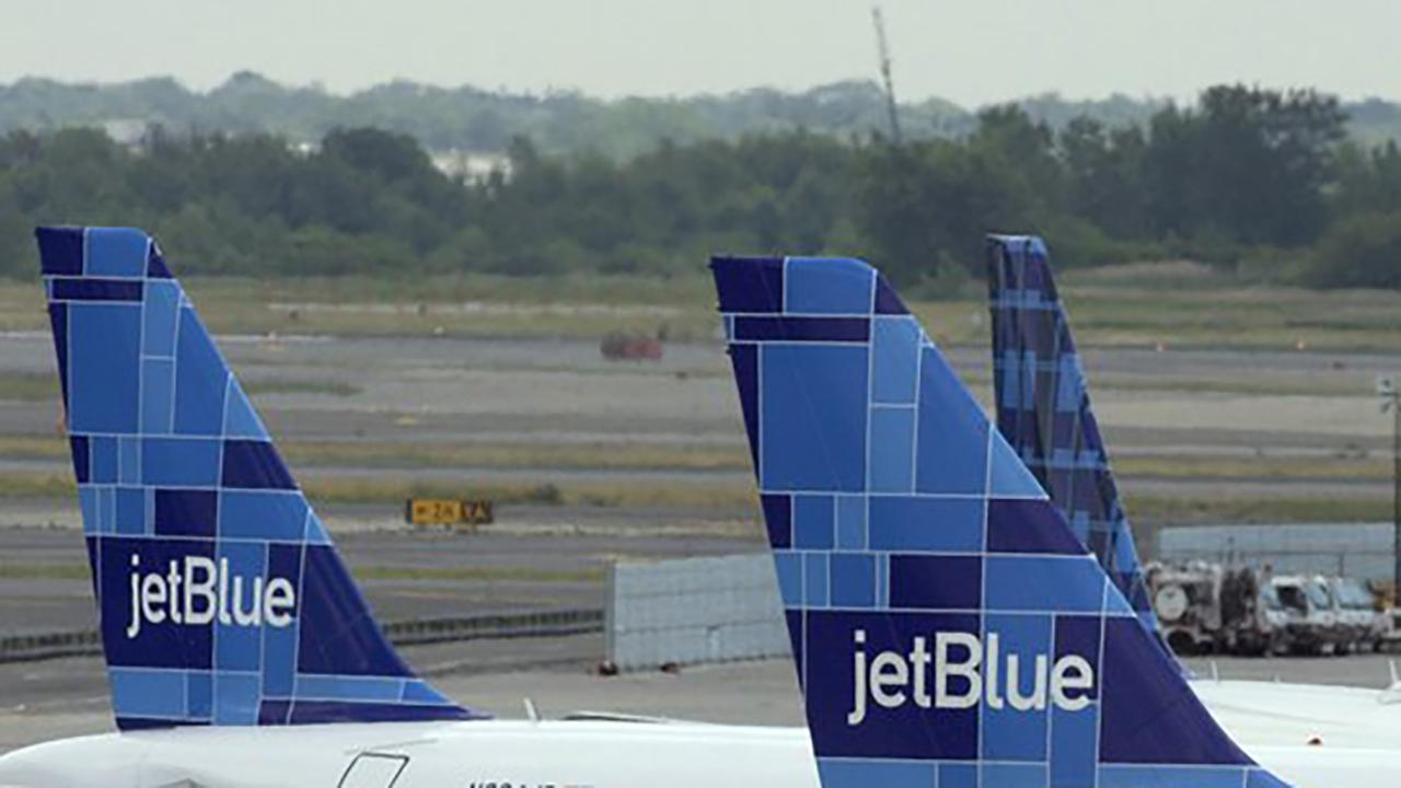 Morning Business Outlook: JetBlue is getting down to basics with its new fare that offers cheaper prices in exchange for fewer perks; Hyatt is the latest hotel chain to discontinue travel-sized toiletries like shampoo, conditioner and shower gel.