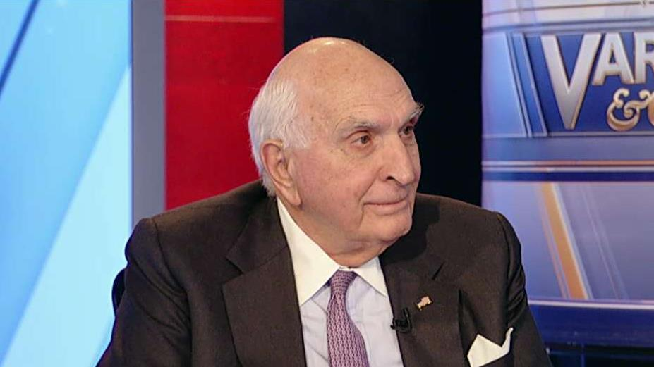 Home Depot co-founder Ken Langone discusses Sen. Elizabeth Warren's electoral prospects, her wealth tax plans and his thoughts on wealthy Americans receiving Social Security payments.