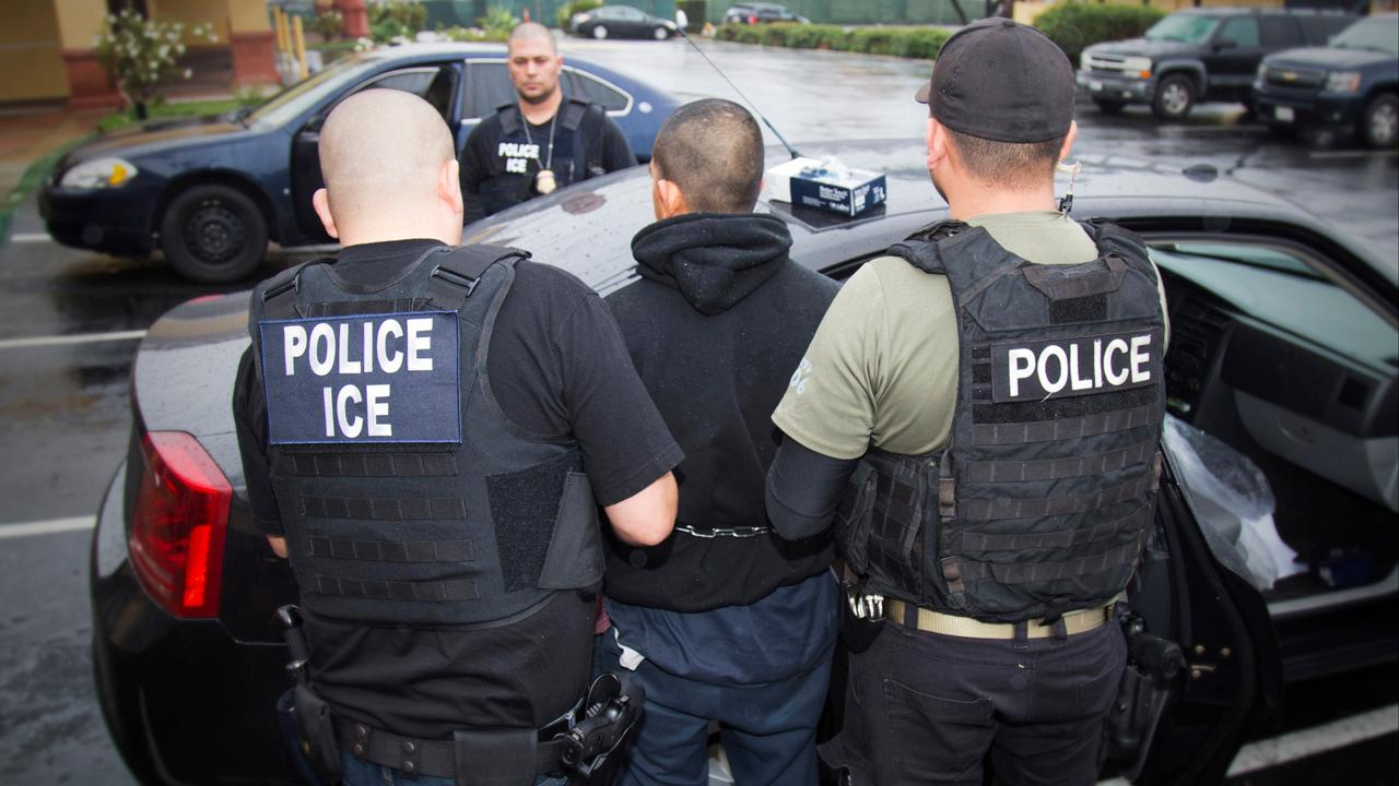 Former acting ICE director Tom Homan discusses Tucson, Arizona, voters rejecting a sanctuary city measure.