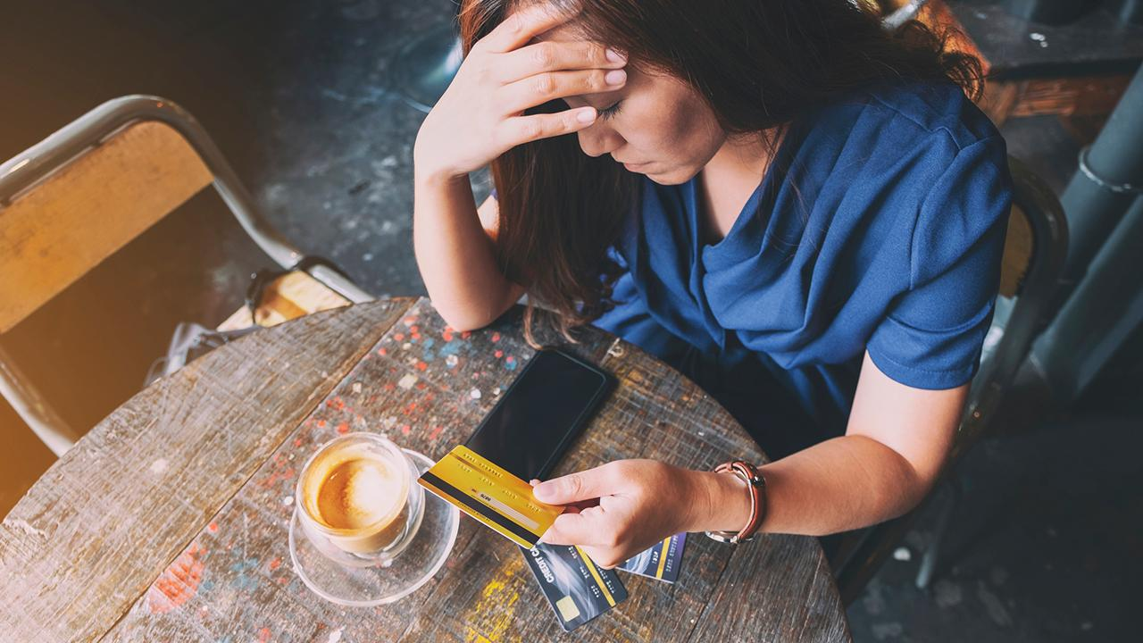 CompareCards chief industry analyst Matt Schulz shares easy ways people can use credit cards to improve their overall credit score as well as combat any debt they have.