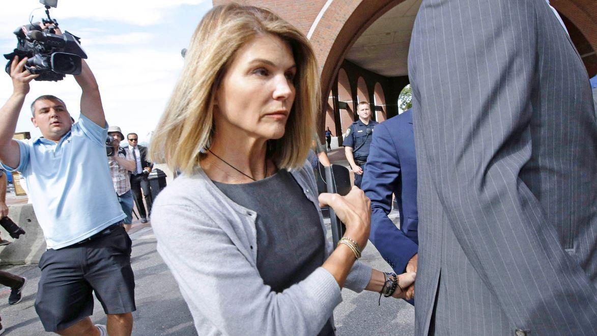 Fox News senior judicial analyst Judge Andrew Napolitano discusses Lori Loughlin accusing prosecutors of hiding evidence and James Comey's comments on FISA courts.