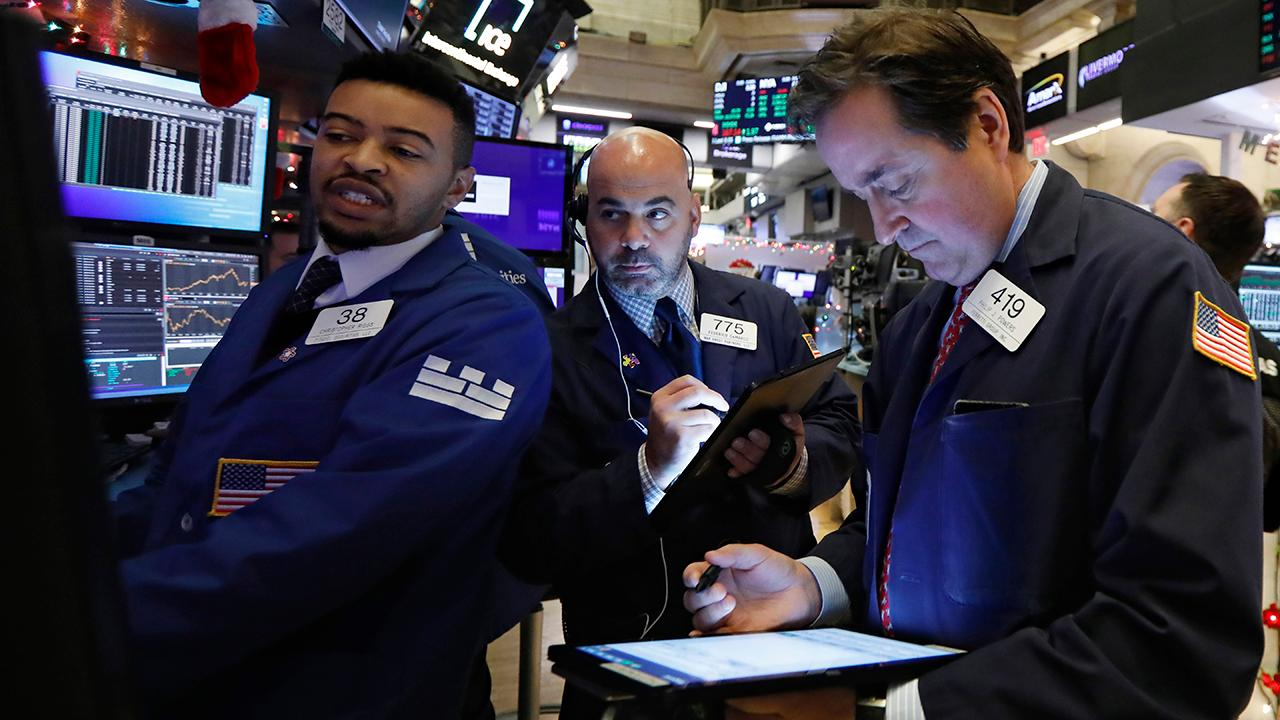 FOX Business' Gerri Willis says the Nasdaq reached 'through 9,000' on Thursday and discusses Amazon's strong stock value on the floor of the New York Stock Exchange.