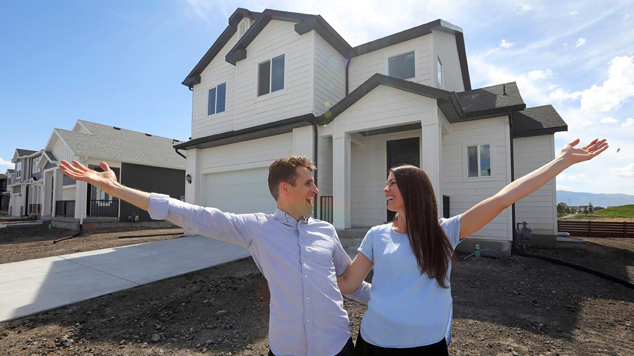 DeBianchi Real Estate's Samantha DeBianchi discusses millennials starting to buy homes and how this will affect the housing market.
