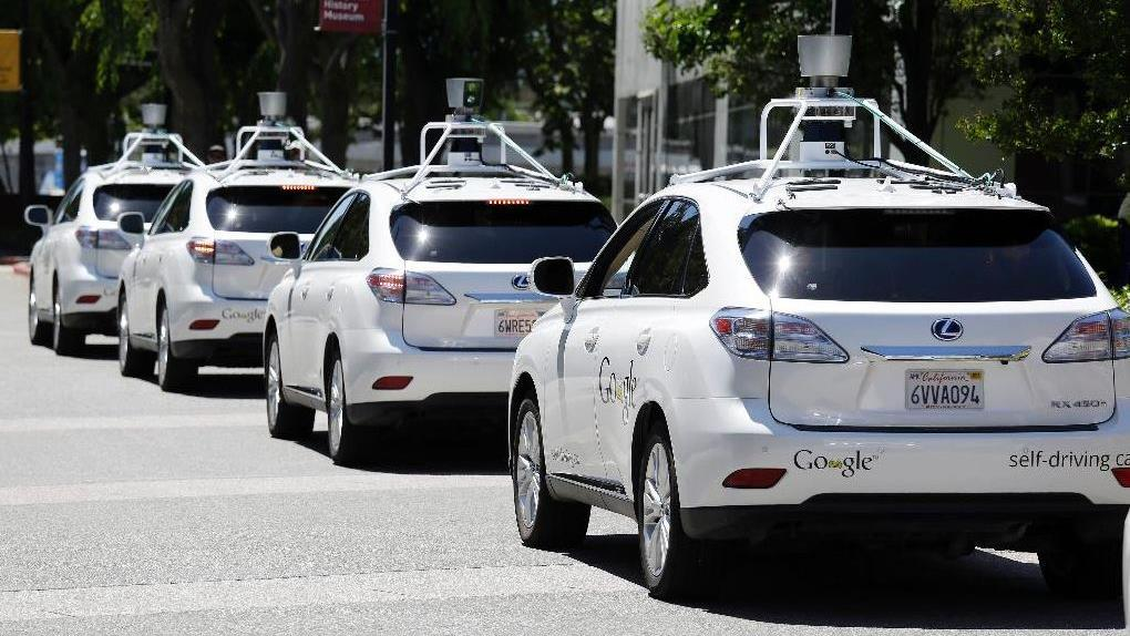 Fox News' Brett Larson discusses driverless cars hitting the streets of California, and Twitter's banning of PNG files over seizure concerns.