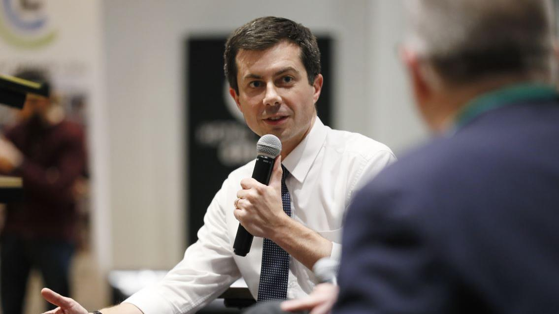 Obama administration chief economic adviser Austan Goolsbee discusses his decision to support Pete Buttigieg in the 2020 presidential race and the candidate's economic policies.