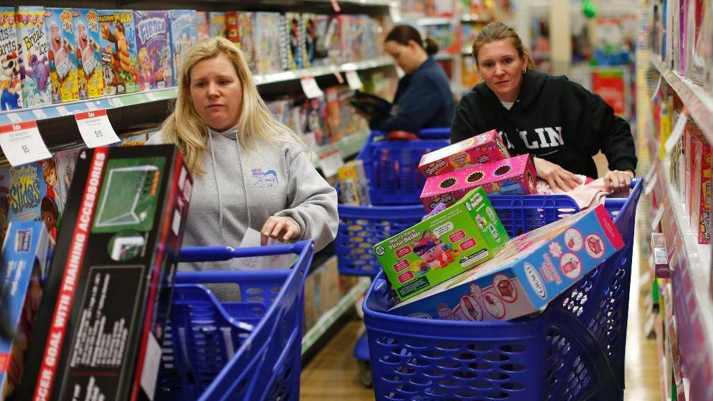 """""""The New Retail"""" author Michael Zakkour discusses the holiday retail season, Dollar General's plan to open 2,000 new stores in 2020 and online companies using physical locations to support their business."""