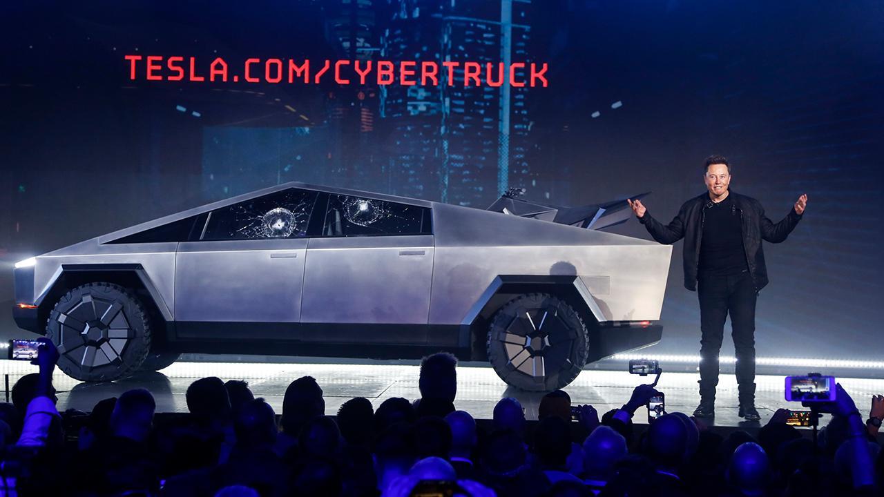 Starship Capital managing partner, tech adviser and entrepreneur John Meyer links Tesla's value to use of artificial intelligence