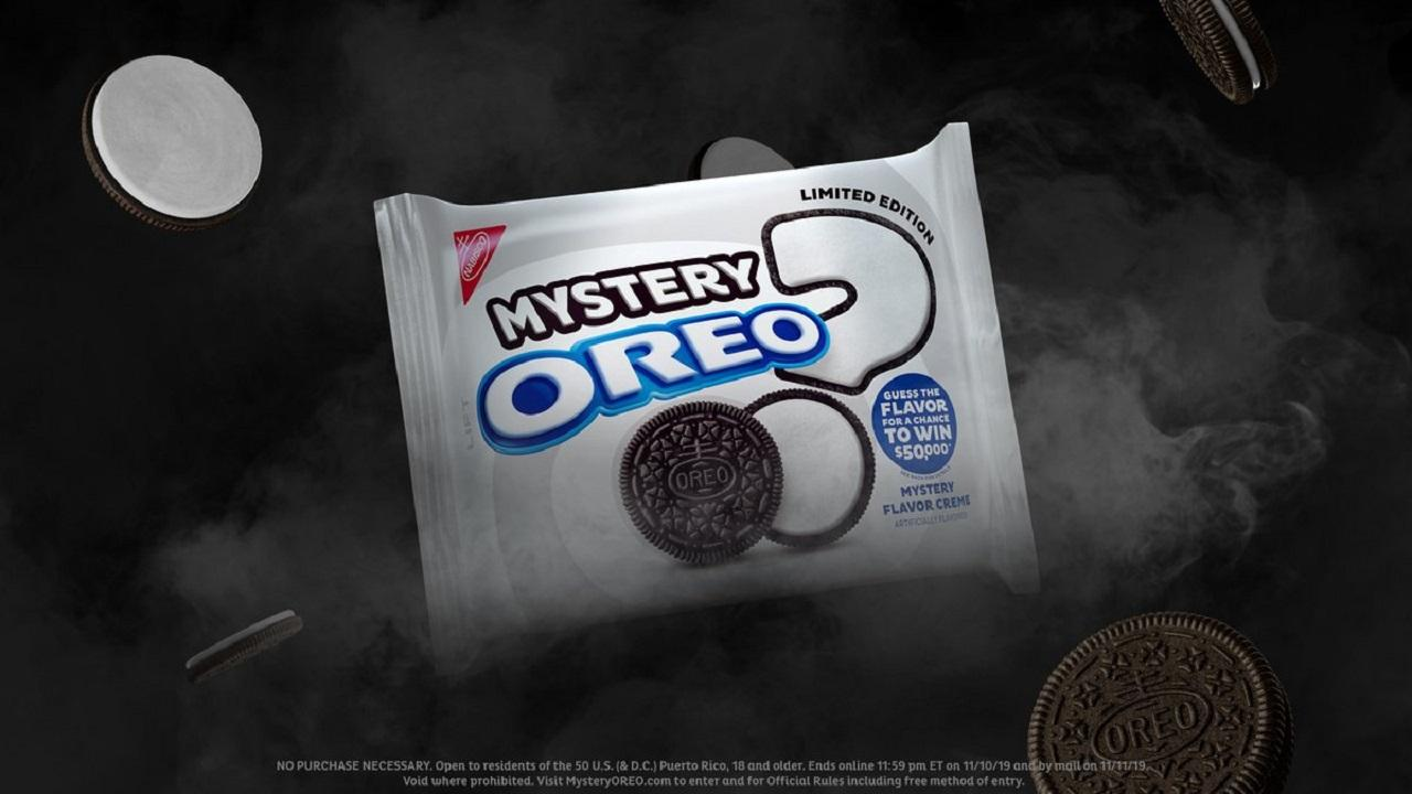 FOX Business' David Asman and Kristina Partsinevelos, former investment banker Carol Roth, Capitalist Pig hedge fund founder Jonathan Hoenig and retired professional wrestler John Layfield discuss Roth's success at correctly guessing Oreo's mystery flavor.
