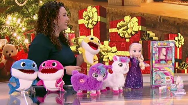 The Toy Insider editor in chief Marissa DiBartolo shows FOX Business' Maria Bartiromo this season's hottest toys including tempo-control Baby Shark song puppets, singing Frozen Elsa doll and Star Wars D-O interactive droid.