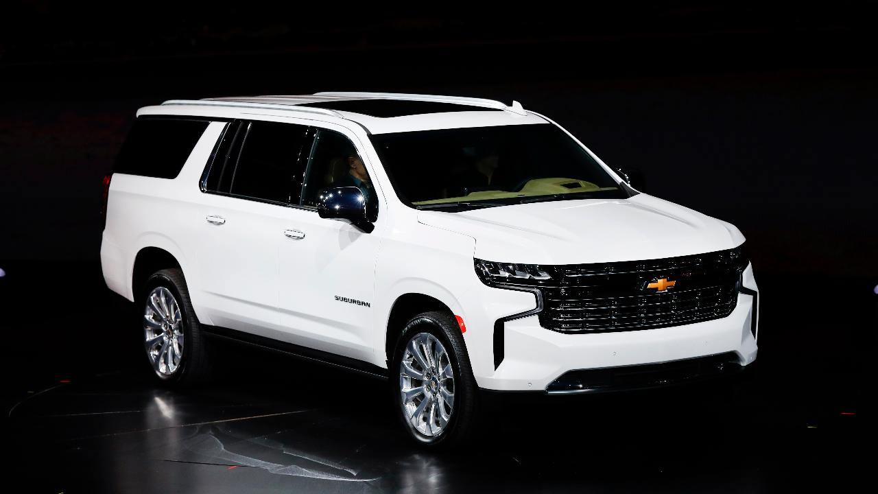 Fox News automotive editor Gary Gastelu on Chevy's new SUV lineup.