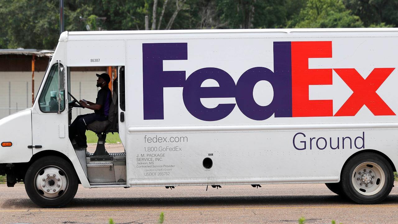 FOX Business' Jackie DeAngelis discusses why Amazon is steering clear of FedEx ground shipping.