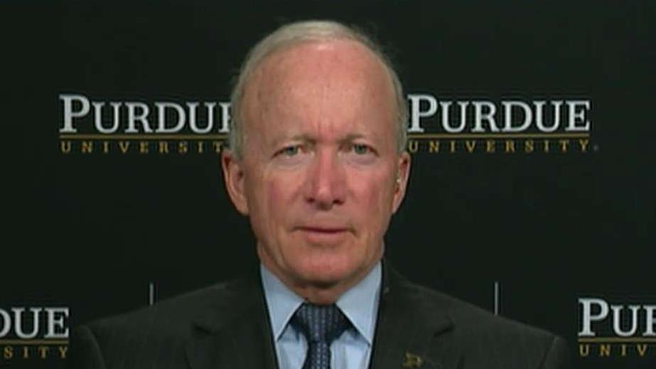 Purdue University president and former Indiana governor Mitch Daniels, (R), discusses what he did to promote economic growth in the state of Indiana and how he has addressed student debt at Purdue.