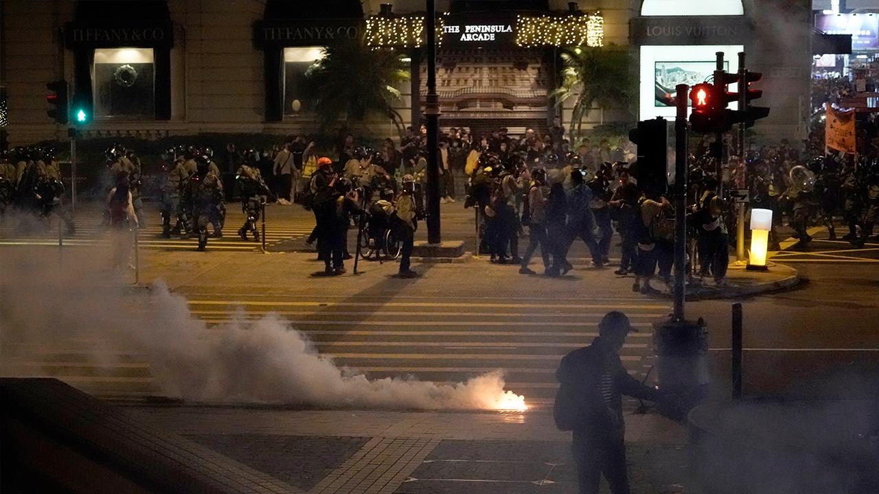 Former China Central Television anchor Phil Yim discusses the continuing Hong Kong protests.