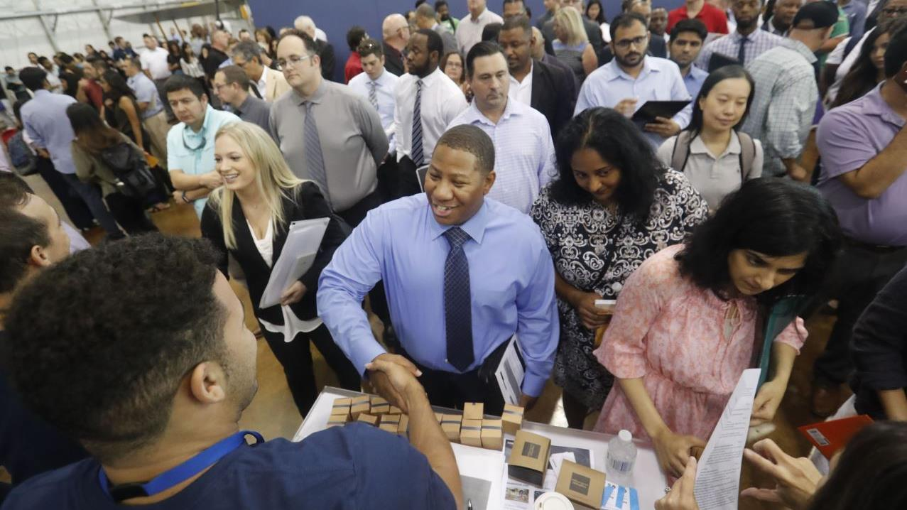 U.S. jobs growth beats expectations in November. FOX Business' Edward Lawrence with more.