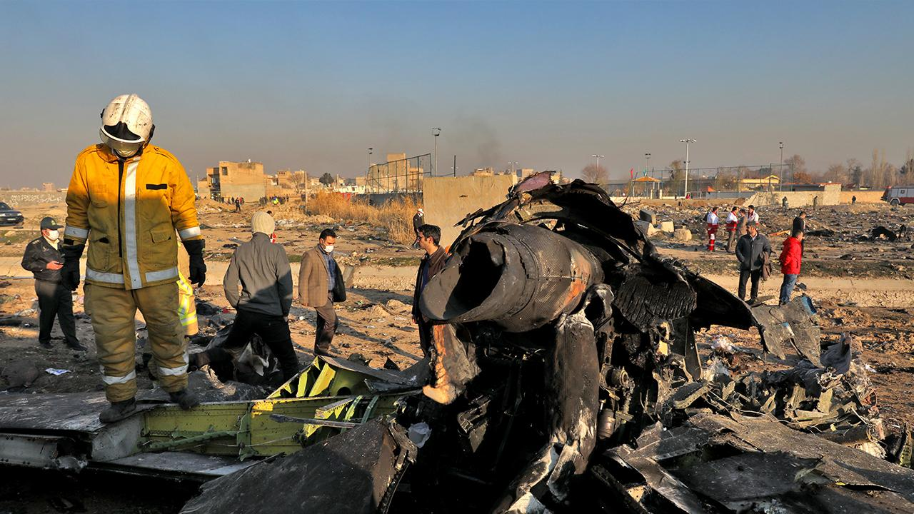 FAA-certified commercial pilot and investigations analyst Anthony Roman discusses the Ukrainian plane that crashed in Tehran.
