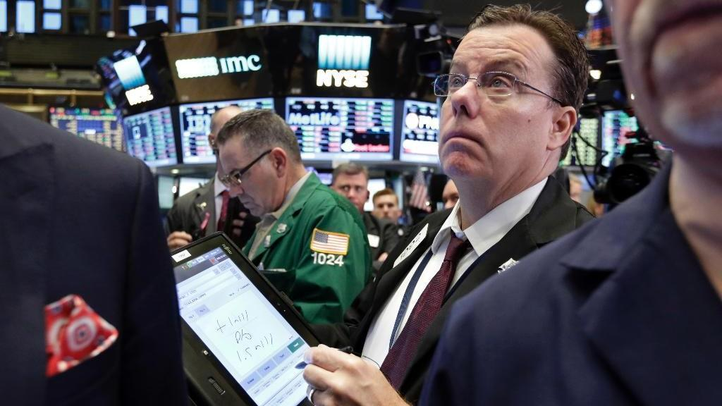 Matson Money CEO Mark Matson argues investors are making a mistake for falling in love with Dow stocks and that the next 20 percent market movement is random.