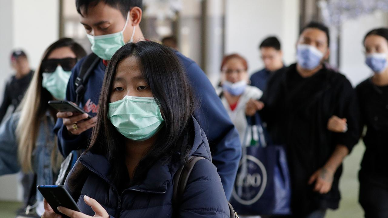 Retired Major Gen. Robert Scales and emergency medicine physician Janette Nesheiwat, M.D. discuss the spread of the coronavirus and how governments around the world are handling the outbreak.