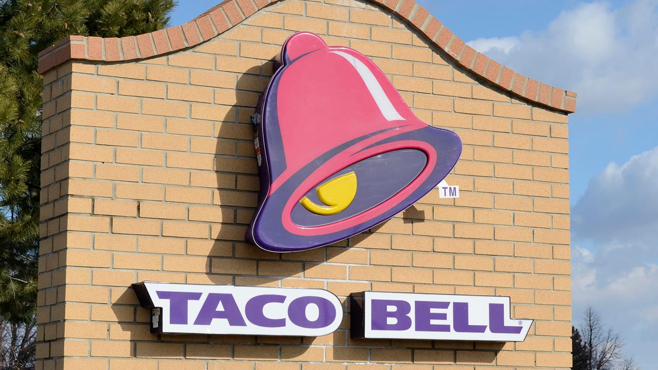 Fox Business Briefs: Fast-food giant Taco Bell announces salaries of up to $100,000 a year for general managers; Gwyneth Paltrow's lifestyle brand Goop partners with Celebrity Cruises for a 'health inspired' Mediterranean cruise.