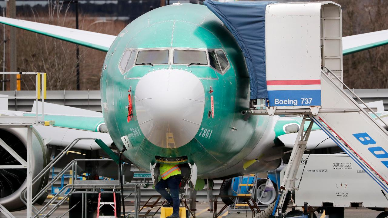 FOX Business' Gerri Willis reports on  the halted shares of Boeing ahead of news that the company does not expect to have the 737 MAX approved until June or July.