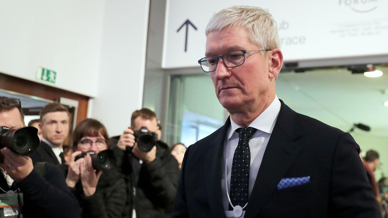 At Davos, Apple CEO Tim Cook called for global corporate tax reform. Moody's Analytics Capital Markets chief economist John Lonski and World Economic Forum Young Global Leader Lili Gil Valletta discuss if this is realistic.