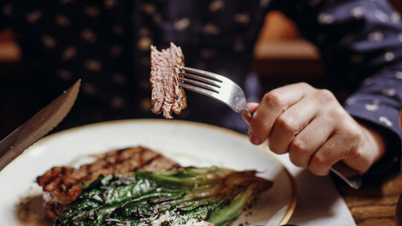 FOX Business' Jackie DeAngelis explains Joe Rogan's carnivorous diet.
