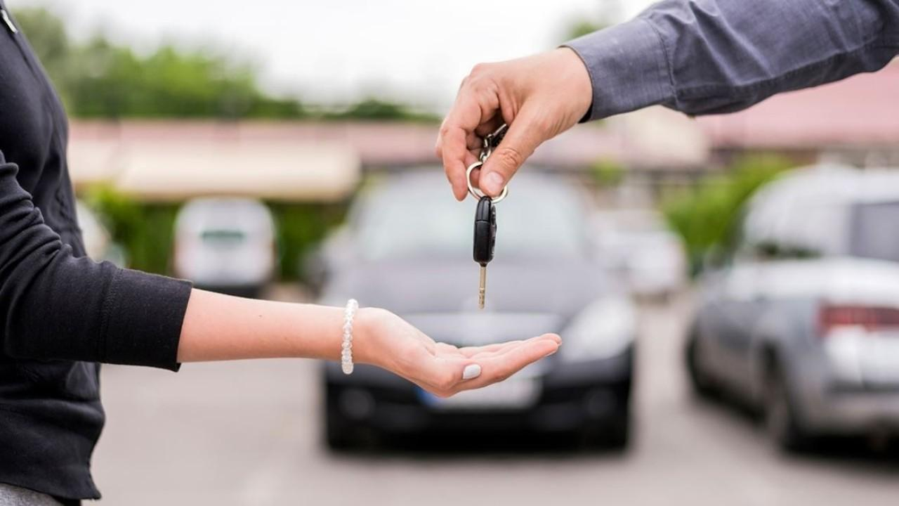 Presidents Day is one of the best days for car sales. FOX Business' Grady Trimble breaks down the best car deals this year.