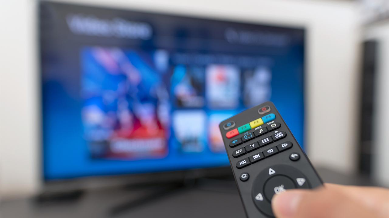 Constellation Research Founder Ray Wang discusses why cable cord-cutting is surging.