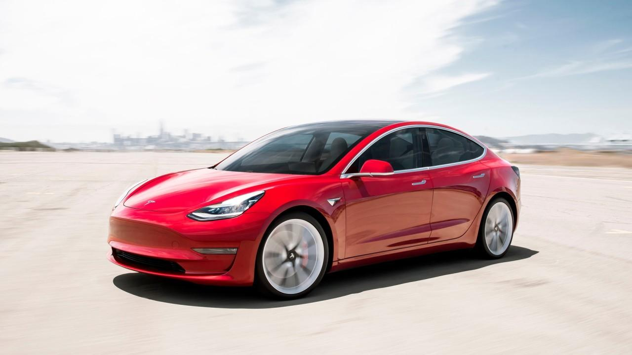 Investment bank Piper Sandler raises the Tesla price target from $729 to $928. Barron's senior editor Jack Hough explains how Tesla can remain profitable.