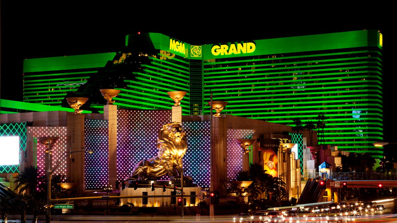 FOX Business' Susan Li gives the latest update on MGM's data breach that exposed the information of 10.6 million guests.